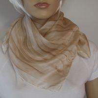 Hedvábný maloavný šátek - Oříšek 2 Batitex - malovaná, batikovaná trička, mikiny, hedvábné šátky, šály, kravaty