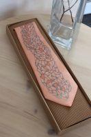 Hedvábná kravata - Minerály