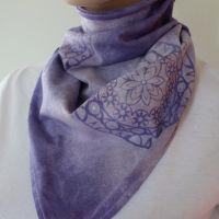 Bavlněný batikovaný šátek - Levandulová