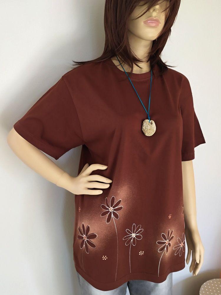 Dámské maxi tričko - Schovávaná v kopretinách Batitex - malovaná, batikovaná trička, mikiny, hedvábné šátky, šály, kravaty