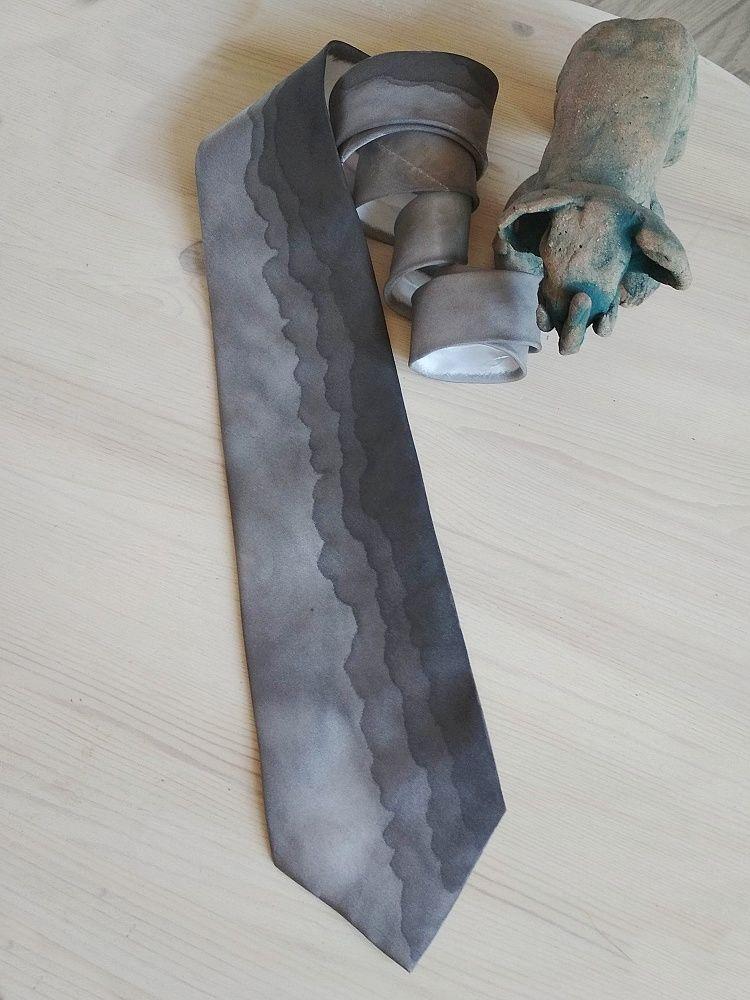 Hedvábná kravata - Tápání Batitex - modní trička, mikiny, šátky, šály, kravaty
