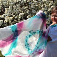 Hedvábný malovaný šátek - Modrá dimenze 2