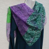 Hedvábný malovaný šátek - Na planetě Louka 2 Batitex - malovaná, batikovaná trička, šaty, mikiny, šátky, šály, kravaty
