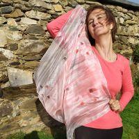 Hedvábný malovaný šátek - Poezie něžnosti 2 Batitex - malovaná, batikovaná trička, šaty, mikiny, šátky, šály, kravaty