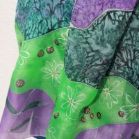 Hedvábná malovaná šála - Na planetě Louka Batitex - malovaná, batikovaná trička, šaty, mikiny, šátky, šály, kravaty