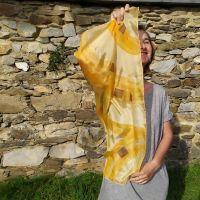 Hedvábný malovaný šátek - Svit podzimu