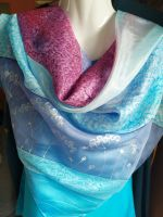 Hedvábný malovaný šátek -  Zaostřeno na april