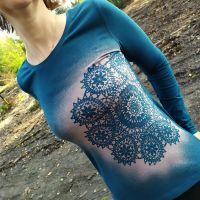 Malované dámské tričko - Zastavení v čase
